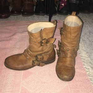 Steve Madden leather studded buckles combat boots